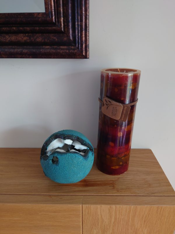 Small turquoise nature orb